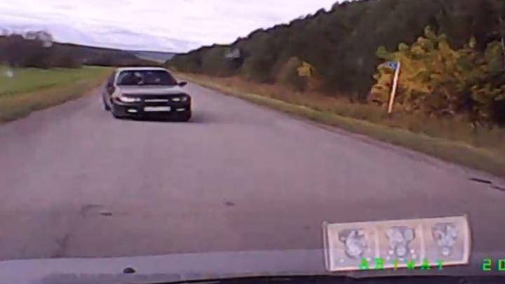 Областной суд смягчил наказание водителю, погубившему двух человек на свердловской трассе