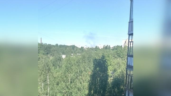 Над Брагино поднялся столб дыма: что горит