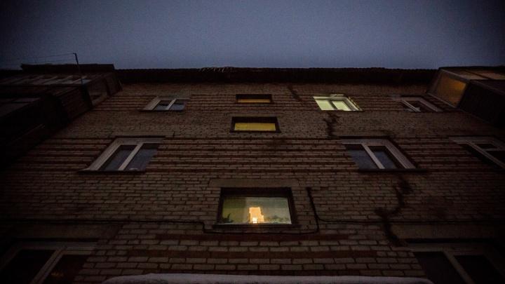 В Заельцовском районе почти триста домов остались без электричества
