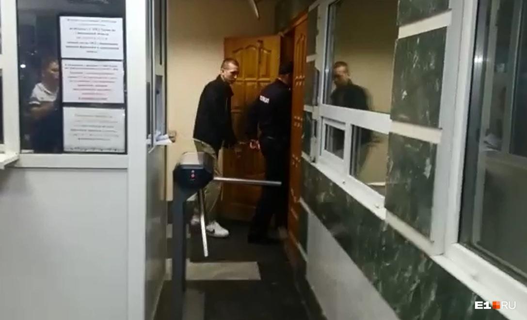 Водителя KIA, который устроил смертельное ДТП на Малышева, задержали
