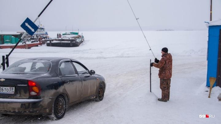 В Прикамье из-за потепления закрыли ледовую переправу на Сылве