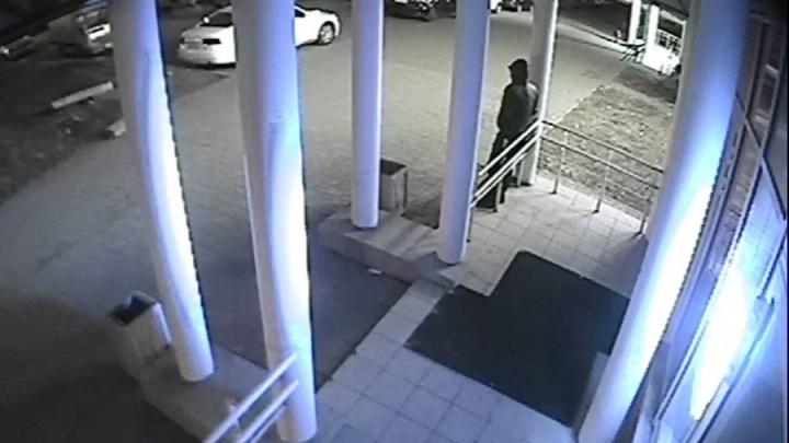 В Екатеринбурге осудили парня, который вместе с приятелями угонял грузовые «газели»