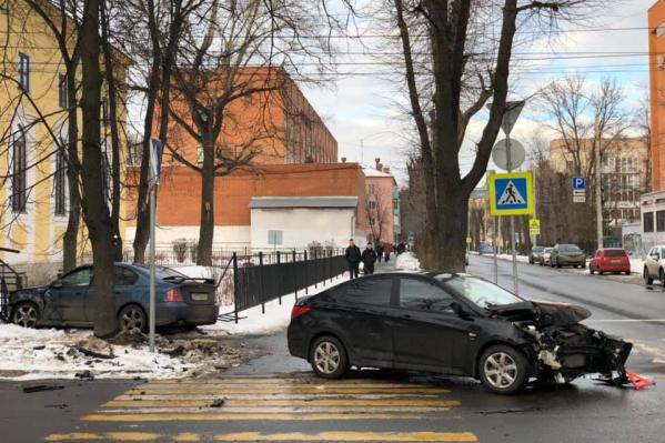 Ярославцы недоумевают, как можно так разбиться в этом месте