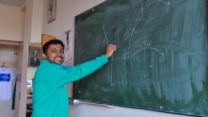 Индийский учёный в Екатеринбурге: «Прохожие поют мне «Джимми, Джимми» и просят сфотографироваться»