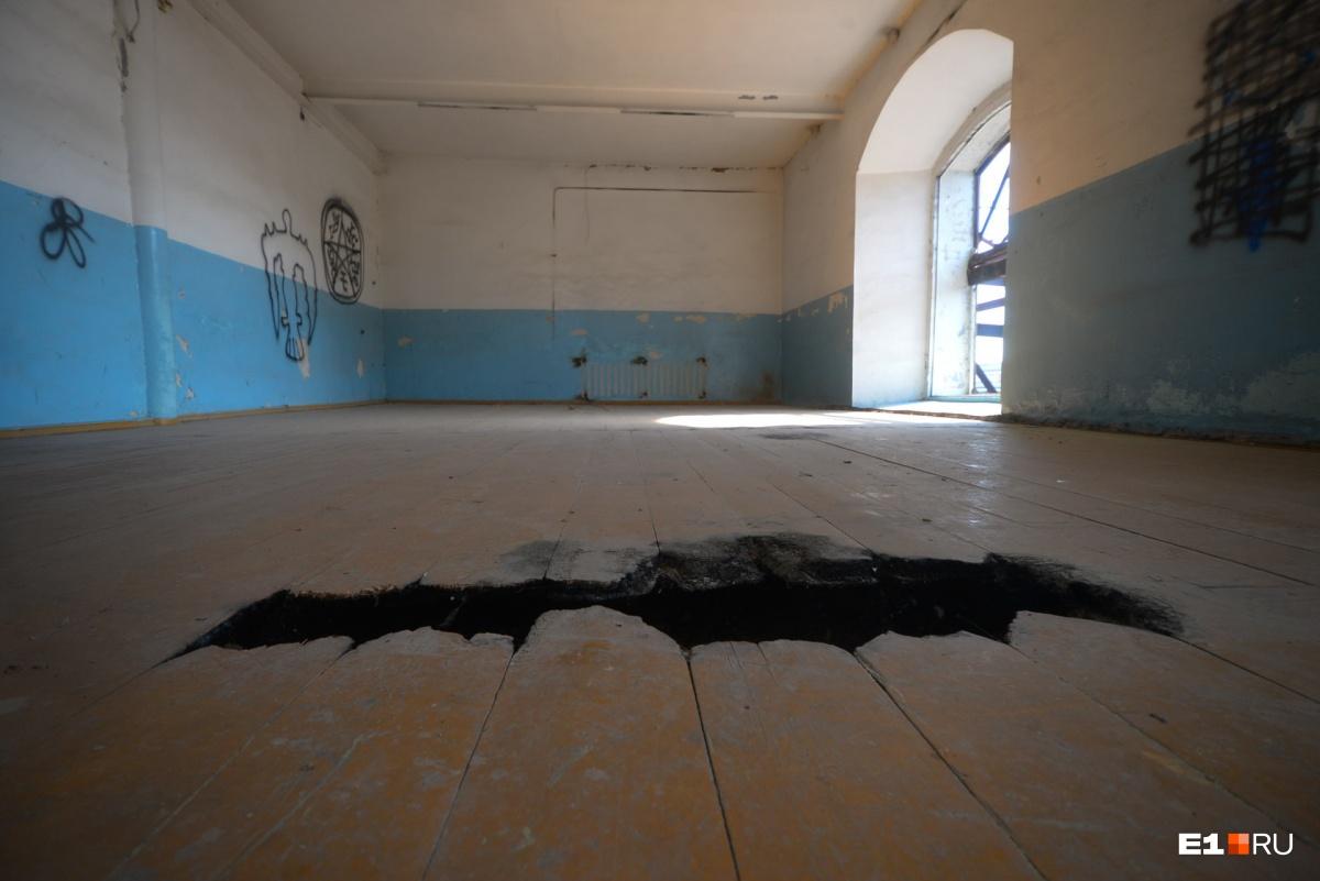 Здесь делали «Малютки»: гуляем по Сысертскому заводу, который за миллиард превратят в Ельцин-центр