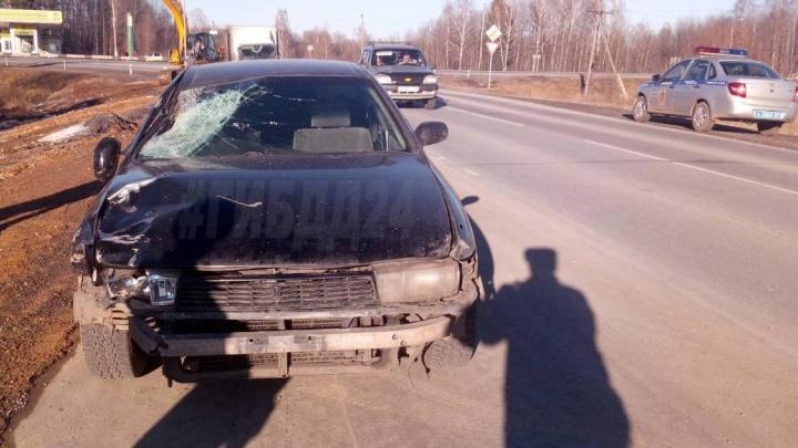 Молодой водитель насмерть сбил пешехода на трассе и сбежал в испуге. Его нашли по обломкам авто