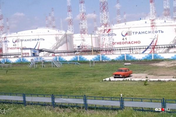 В загрязнении нефтепровода сейчас разбираются следователи