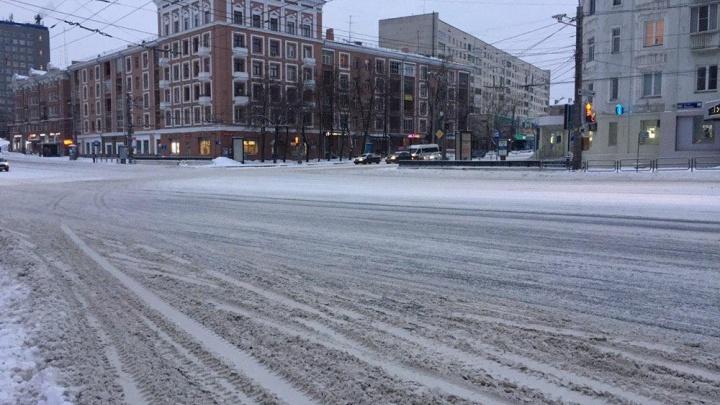 Мэр Челябинска ввела новые правила по уборке дорог от снега