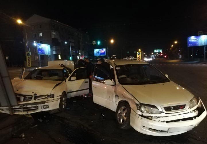 В аварии пострадала девушка