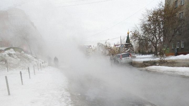 36 домов остались без отопления из-за аварии на Красных Зорь