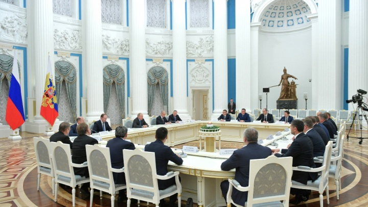 Радий Хабиров попал в число 19 глав регионов, которые встретились с Владимиром Путиным в Москве