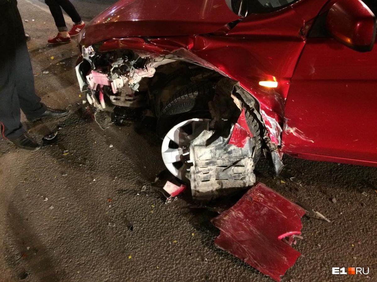 Из-за водителя Nissan пострадали невинные люди