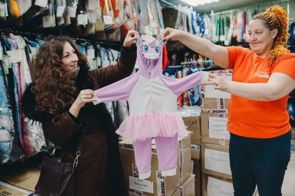 Говорят, о таком костюме единорога мечтают все маленькие девочки. Цена за образ — 1020 рублей