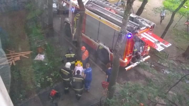 «Вынесли едва живую»: на Фурманова в пожаре пострадала пенсионерка