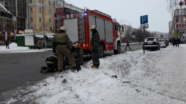 От Поморской до Карла Либкнехта: в Архангельске перекрыли Троицкий проспект