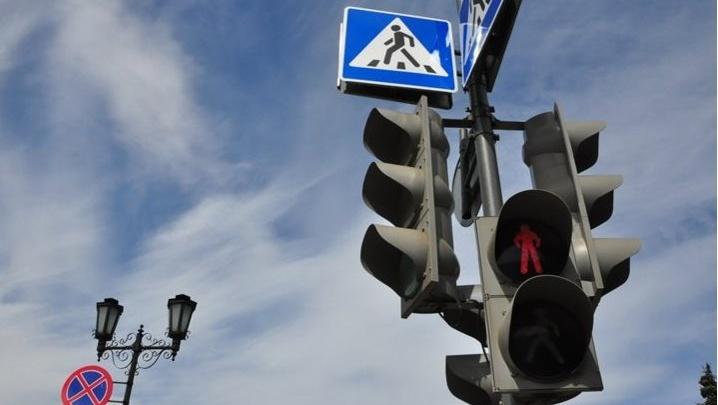 Эксперимент на водителях: на Московском проспекте запустят зелёную волну