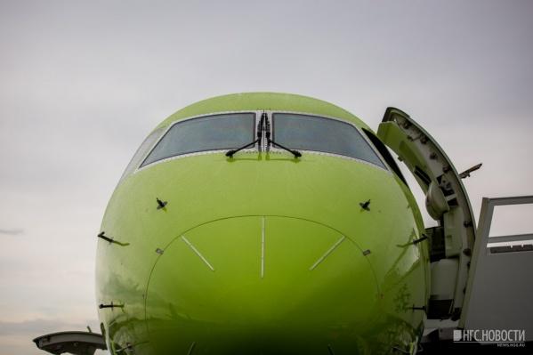 Пассажиры летали в Горно-Алтайск на самолётахEmbraer 170-LR