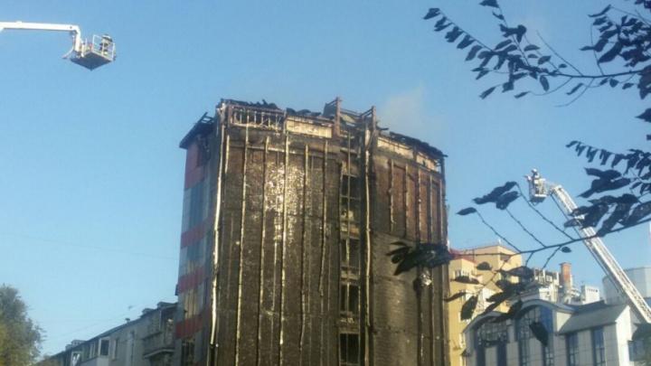Застройщик ввел в эксплуатацию выгоревшее здание гостиницы только через суд