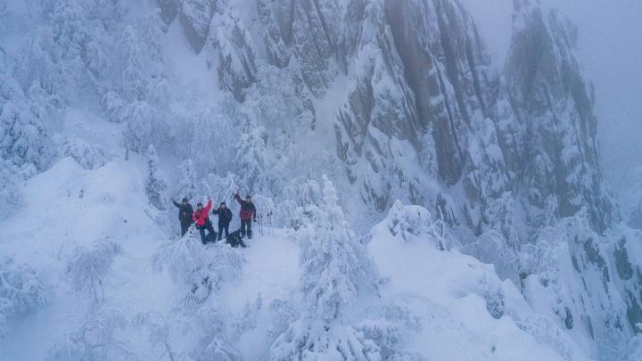 """Не хватает только белых ходоков: екатеринбургский фотограф нашёл на Урале пейзажи из """"Игры престолов"""""""