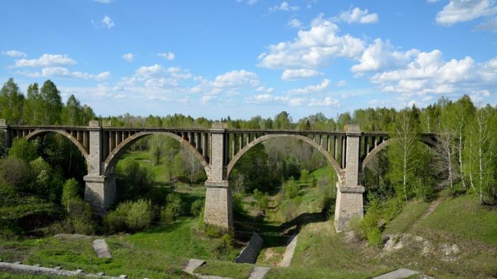 Маршрут выходного дня: пять мест на Урале с эпичными сооружениями прошлых веков
