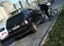 На Халтурина парни на BMW, объезжая пробку по тротуару, избили велосипедиста и помяли ему колесо