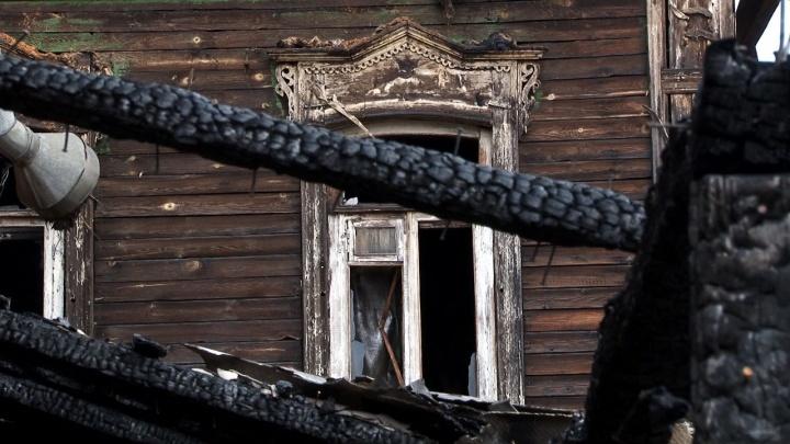 «Сгорим к чёртовой матери!»: жители домов на Самарской боятся повторения смертельного пожара