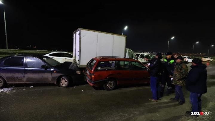 Опасный лед: в Ростове произошла массовая авария