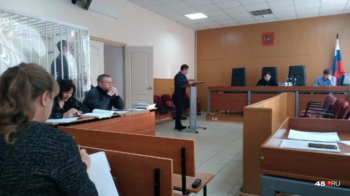 «Обратись к жуликам»: в Кургане по делу экс-замгубернатора Зауралья начали допрос Олега Пархаева