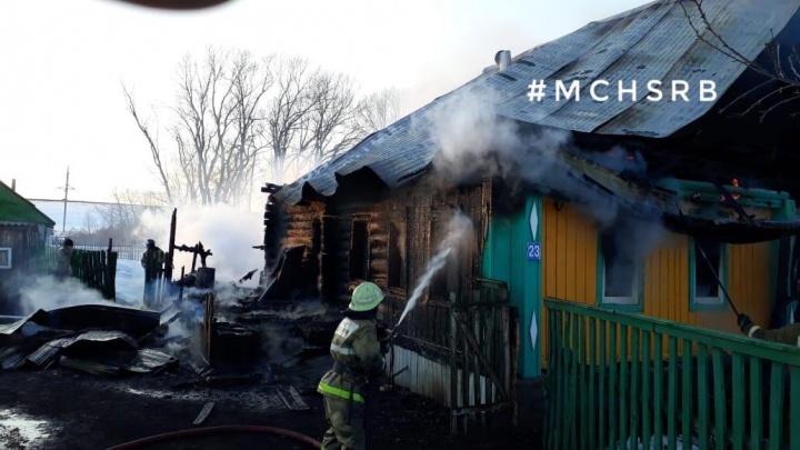 В Башкирии сгорел жилой дом — в огне погибли три женщины