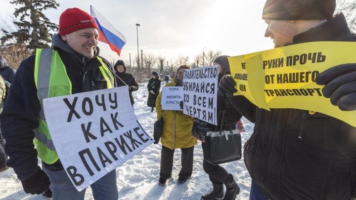 Перевод стрелок, уход генерала и всезнающий телеграм: политические итоги года Волгоградской области