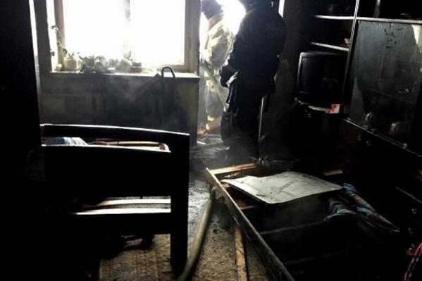 Пожар начался на лоджии
