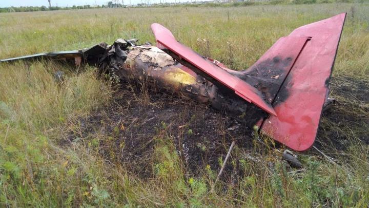 Вошел штопором в землю: онлайн-репортаж с места крушения самолета в Самарской области