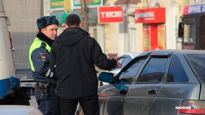В Таре уволили полицейского за ДТП в пьяном виде