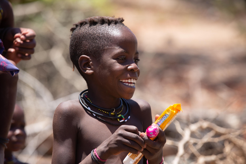 Племя гереро живёт в основном в Намибии, Ботсване и Анголе. Химба —кочевой народ, ведущий своё происхождение от гереро