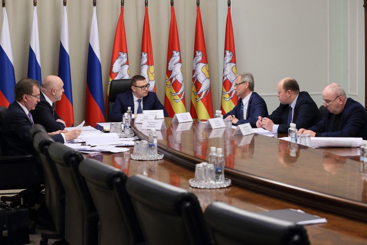 В совещании приняли участие представители городских и областных дорожных ведомств