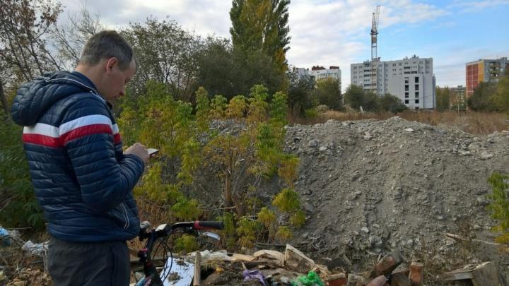 Сильный дождь спутал планы волгоградцев, решивших найти ужасы Краснооктябрьского района