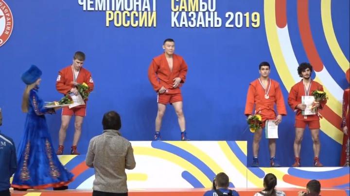Свердловчане завоевали ещё четыре медали на чемпионате России по самбо
