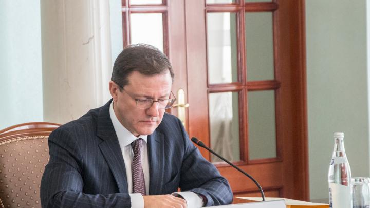 «Некоторые фразы неуместны»: Азаров отреагировал на высказывание министра Антимоновой
