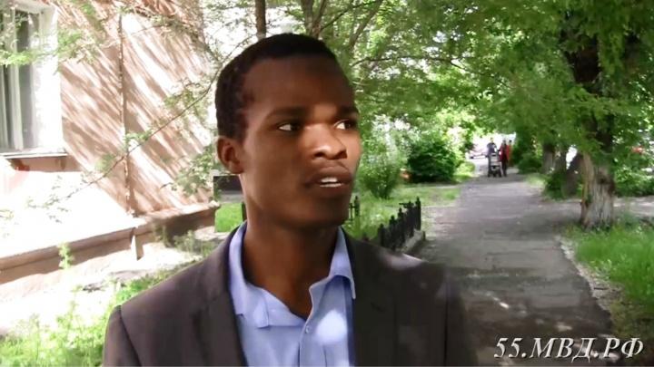 У 27-летнего студента из Мозамбика украли смартфон возле ж/д вокзала