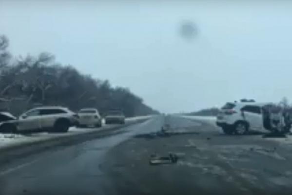 Виновник аварии из Москвы от помощи врачей отказался
