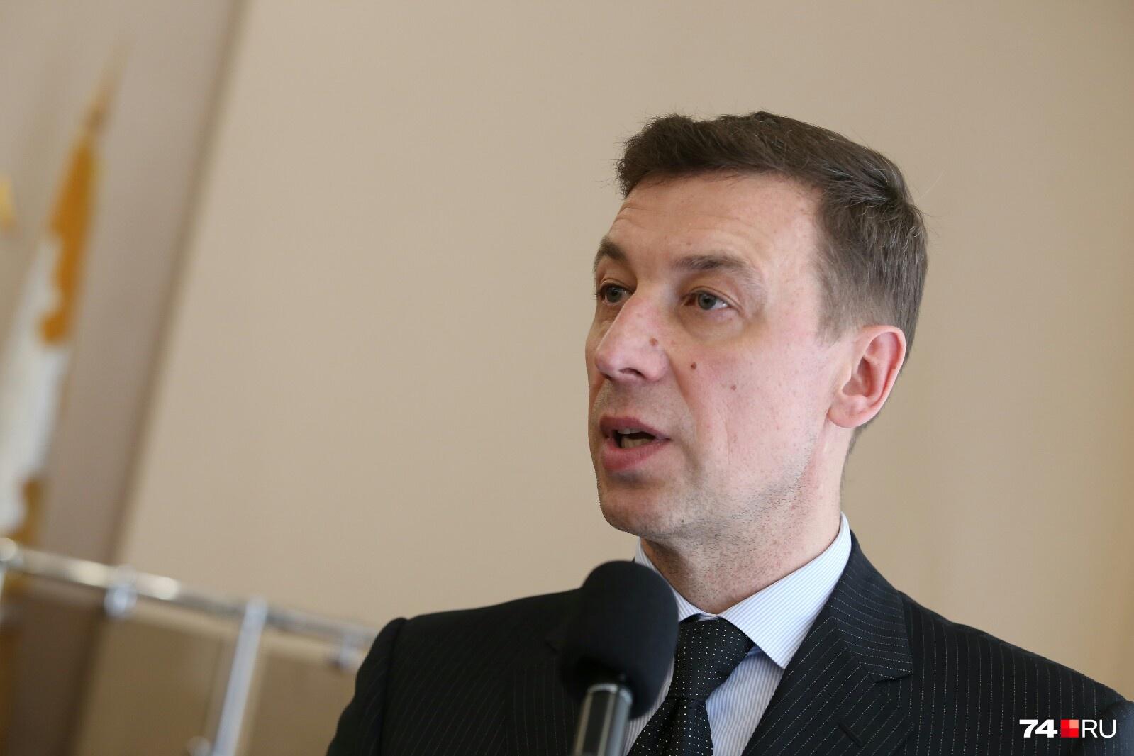 Николай Шиманович удивил акцентом на порядочность чиновников