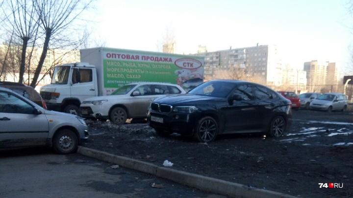 Я паркуюсь, как баран: BMW из кортежа губернатора и другие цари жизни — смотрим новую подборку фото