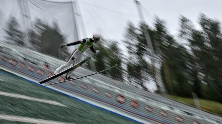 Среди призеров летнего Гран-при по прыжкам с трамплина – российские лыжники