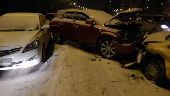 Подробности массовой аварии в Уфе: в ДТП пострадала 4-летняя девочка