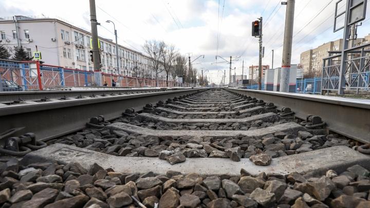 В Миллерово поезд сбил 29-летнего мужчину