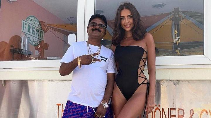 Усы и животик: жена самарского олигарха Шаповалова удивила подписчиков фото со звездой Instagram