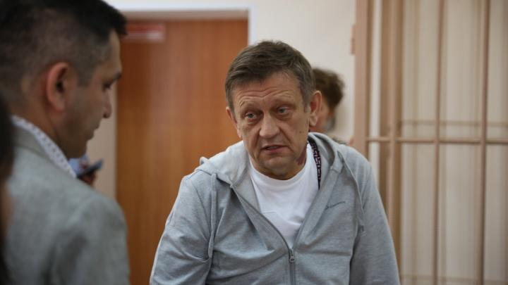 Суд отправил бывшего директора клиники Мешалкина в СИЗО на 2 месяца