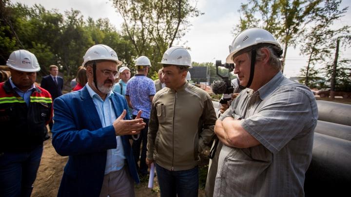 «Нам что-то не показывают. Но это первый шаг»: новосибирцы проверили, как СГК ремонтируют теплосети