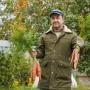 «Как я слепил камеру видеонаблюдения из картона и файла»: садоводы нашли замену огородному пугалу