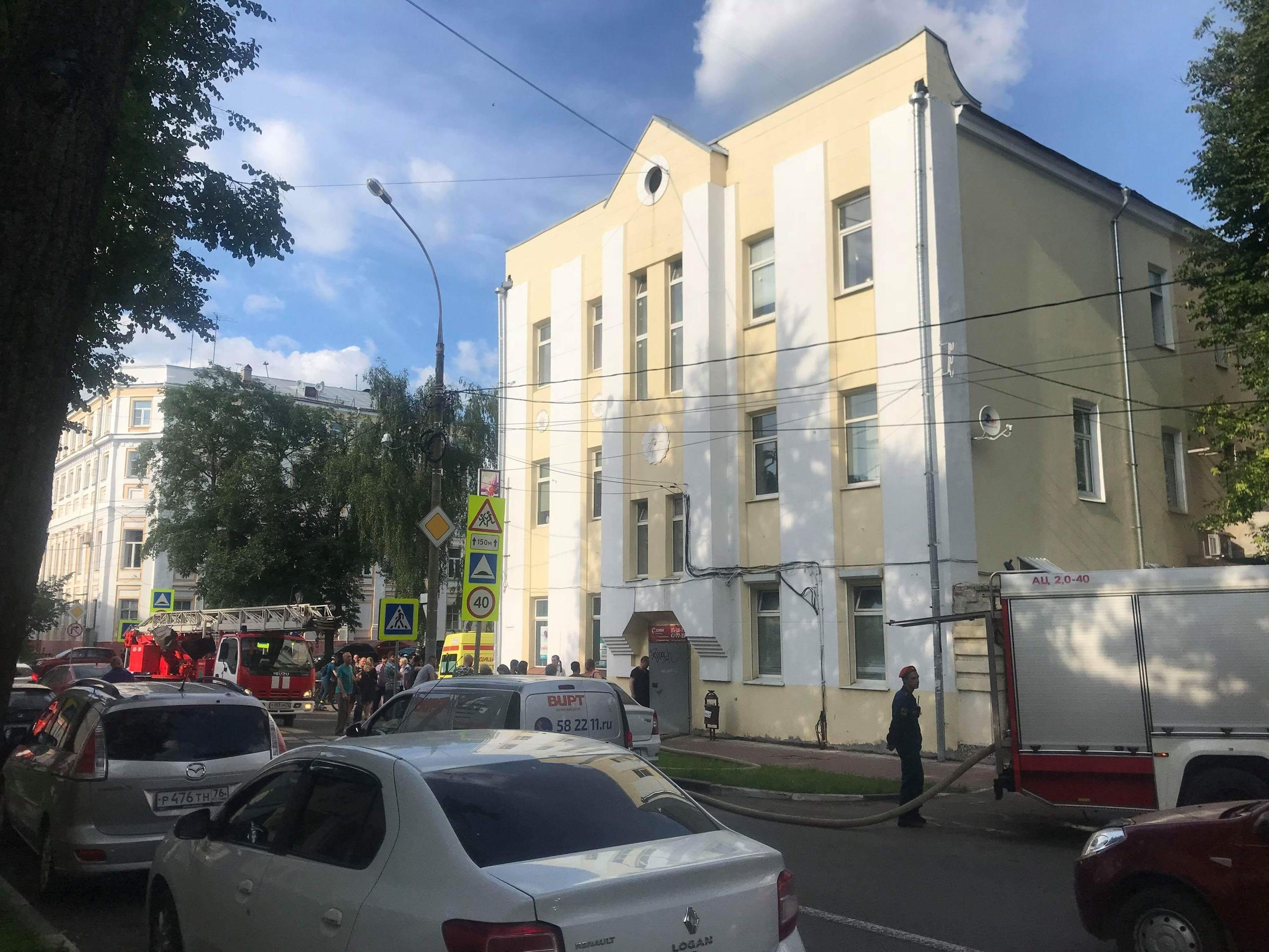 Спецслужбы отреагировали оперативно на сообщение о пожаре